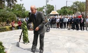 Δήλωση του Δημάρχου Ηρακλείου Βασίλη Λαμπρινού για την επέτειο της Μάχης της ΚρήτηςΗ Μάχη της Κρήτης αποτελεί ένα ανυπέρβλητο γεγονός παλλαϊκής αντίστασης, απέναντι σε οργανωμένο και πάνοπλο εισβολέα, κατά τον Β΄ Παγκόσμιο Πόλεμο. H Γερμανική επίθεση της 20ης Μαΐου 1941, αφύπνισε την Κρητική Ψυχή.