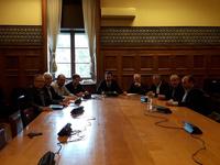 Με τον Υπουργό Εσωτερικών Αλέξη Χαρίτση συναντήθηκε ο Δήμαρχος Ηρακλείου και Πρόεδρος της ΠΕΔ Κρήτης Βασίλης Λαμπρινός και αντιπροσωπεία ΔημάρχωνΣυνάντηση με τον Υπουργό Εσωτερικών Αλέξη Χαρίτση είχε το μεσημέρι της Τετάρτης 14 Νοεμβρίου, στην Αθήνα, αντιπροσωπεία της Περιφερειακής Ένωσης Δήμων Κρήτης, με επικεφαλής τον Πρόεδρό της και Δήμαρχο Ηρακλείου Βασίλη Λαμπρινό.
