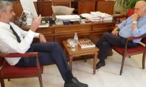 Συνάντηση Δημάρχου Ηρακλείου Βασίλη Λαμπρινού με τον Πρόεδρο του Οικονομικού ΕπιμελητηρίουΣυνάντηση με τον Πρόεδρο του Οικονομικού Επιμελητηρίου Ελλάδος - Τμήματος Ανατολικής Κρήτης κ. Σταύρο Καρτέρη, είχε το πρωί της Πέμπτης 11 Ιουλίου στο γραφείο του στη Λότζια, ο Δήμαρχος Ηρακλείου Βασίλης Λαμπρινός.
