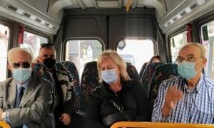 Βόλτα με τα  νέα mini bus για τον Δήμαρχο Ηρακλείου Βασίλη ΛαμπρινόΤην ευκαιρία να διαπιστώσει στην πράξη την λειτουργικότητα των νέων οχημάτων που χρησιμοποιεί το Αστικό ΚΤΕΛ στις δυο γραμμές mini bus, είχε την ευκαιρία το μεσημέρι της Δευτέρας 26 Οκτωβρίου ο Δήμαρχος Ηρακλείου Βασίλης Λαμπρινός.