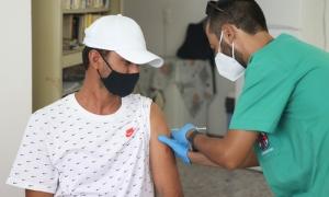 Ξεκίνησαν οι εμβολιασμοί των προσφύγωνΞεκίνησε το πρωί της Τρίτης 20 Ιουλίου και ολοκληρώνεται την Τετάρτη 21 Ιουλίου, η διαδικασία εμβολιασμού των προσφύγων που διαβιούν στο Ηράκλειο, στο πλαίσιο της συμμετοχής του Δήμου Ηρακλείου στο Εθνικό Επιχειρησιακό Σχέδιο εμβολιασμών κατά της νόσου COVID -19, το οποίο υλοποιείται από το Υπουργείο Υγείας και την 7η Υγειονομική Περιφέρεια Κρήτης .